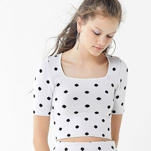 Urban Outfitters CROP TOP ONLY Polka Dot M Sleeves